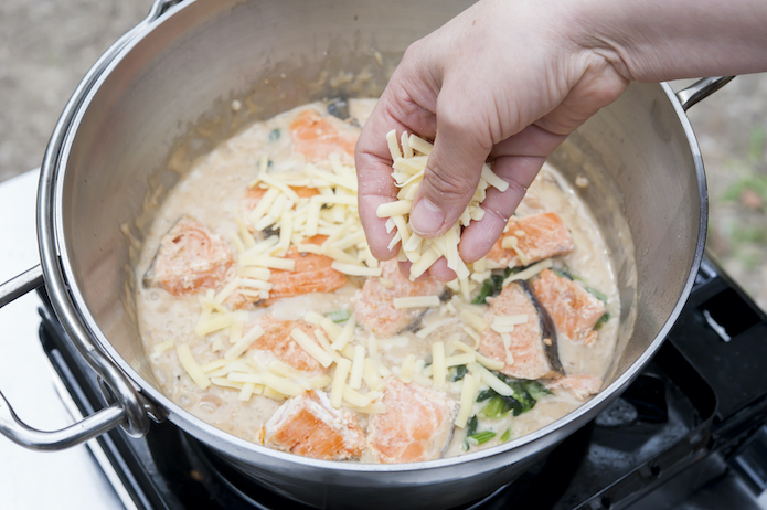 【ミールキット】鮭とほうれん草のクリームリゾット