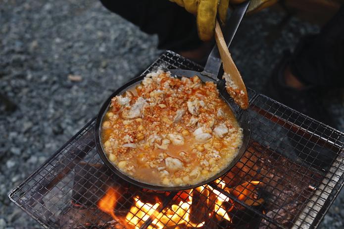 鶏とひよこ豆のパエリア